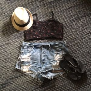 American Eagle floral crop too size M